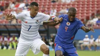 Kim Jaggy (rechts) gegen Panamas Blas Perez