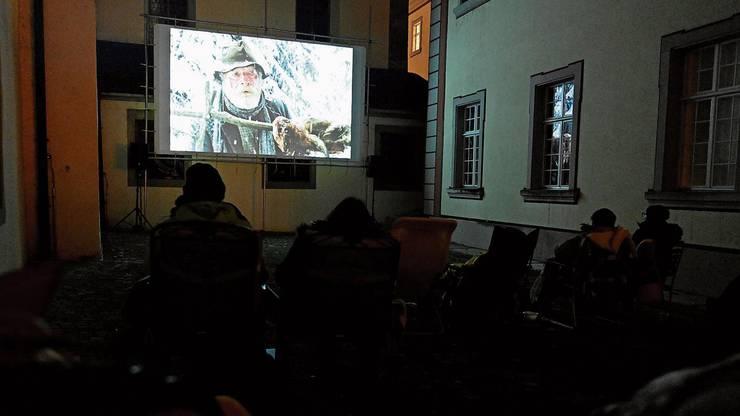 Das gefrorene Herz, eine Schweizer Komödie von 1979, erwärmte die Gemüter am Open-Air-Kino im Klosterhof.