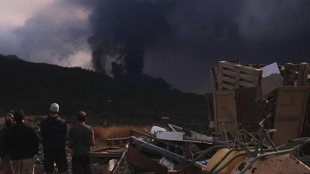 Schon fünf Wochen Vulkanausbruch auf La Palma: Zeitlupenkatastrophe