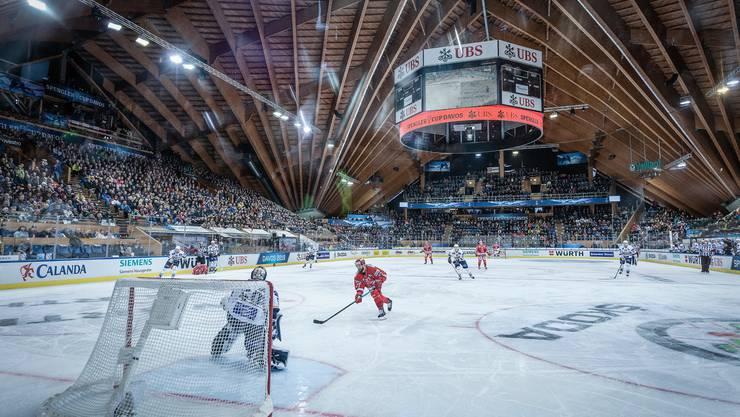 Davos und Eishockey - eine Symbiose, die auch beim Crowdfunding auf viel Goodwill stösst.