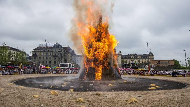 Der Böögg brennt.