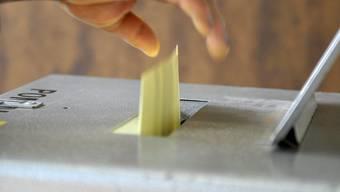 Wahlen: Jugendliche sind mit dem Wählen überfordert, besagt eine Studie.