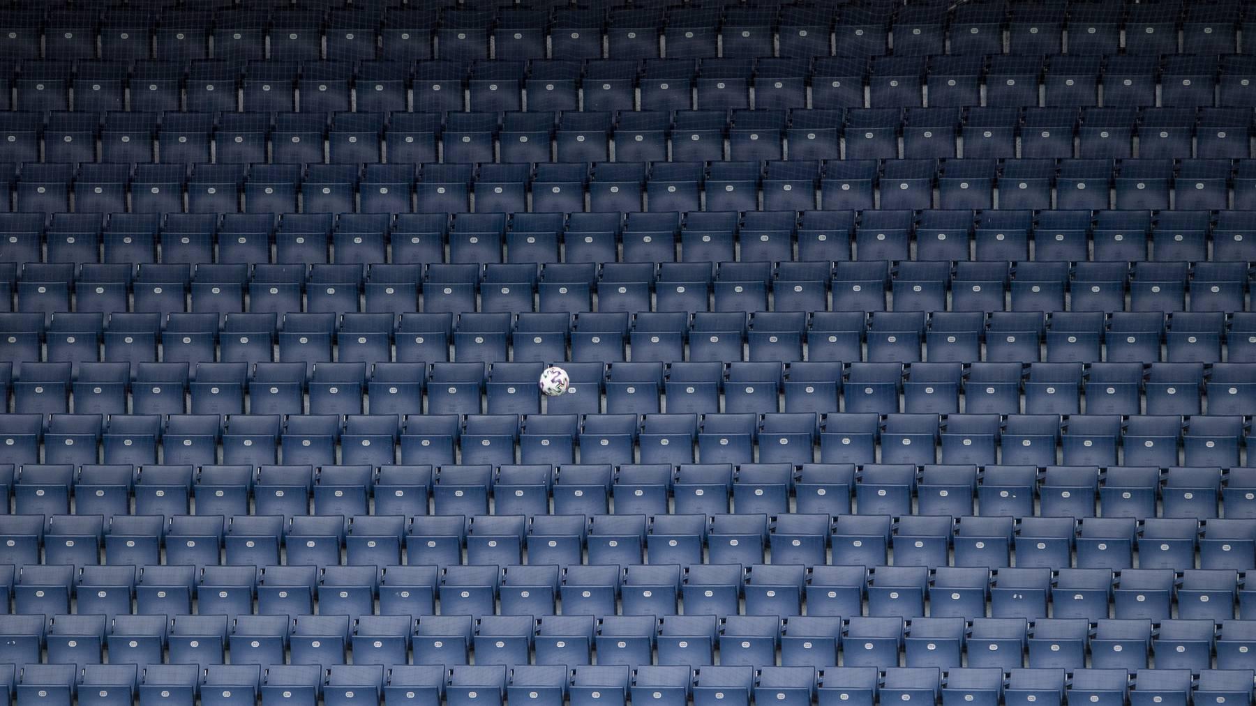 Fussball, Stadion. Das Testspiel zwischen dem FC Luzern und dem FC Schaffhausen findet ohne Zuschauer und als Geisterspiel statt, am Samstag, 6. Juni 2020 in Luzern. (KEYSTONE/Urs Flueeler)