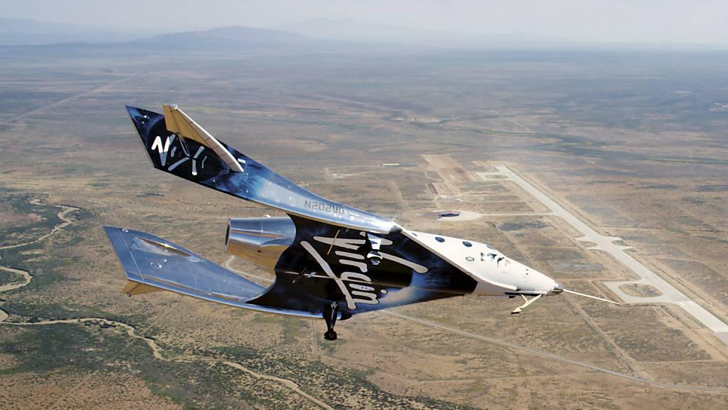 Flug ins All:  Erst im vergangenen Monat war ein bemanntes Raumschiff des Unternehmens das erste Mal vom neuen Hauptquartier in New Mexiko aus ins All geflogen. (Archivbild)
