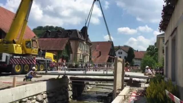 Brückenverschiebung in Birmensorf