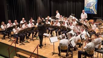 Die Brass Band Frohsinn zeigte unter der Leitung von Wolfgang Nussbaumer eine solide Leistung.