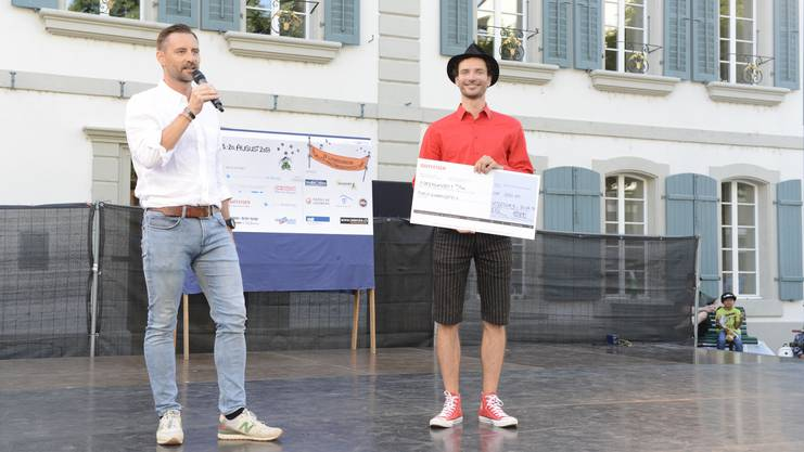 Kaspar Tribelhorn (rechts) gewann in Lenzburg den Publikumspreis