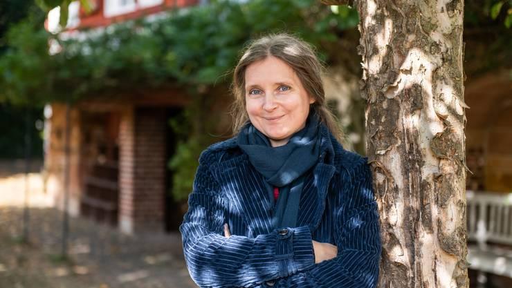 Marion Poschmann während eines Atelieraufenthalts im hessischen Lahntal-Gossfelden. (Bild: Silas Stein/Keystone)