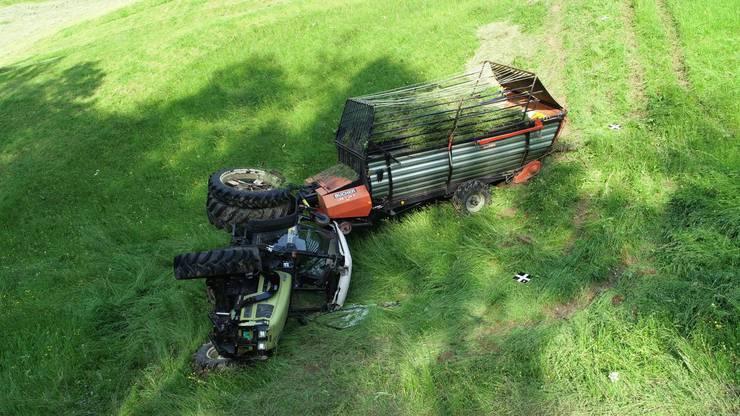 Erst nach 60 Metern stoppte der Traktor.