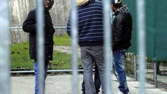 Immer mehr Asylsuchende kommen zur Anlaufstelle in Pratteln (Symbolbild)