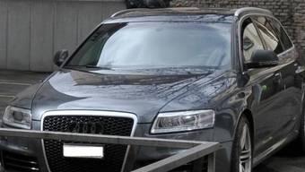 Räuber entkommen der Polizei in diesem Auto (Bild: Stadtpolizei Zürich)