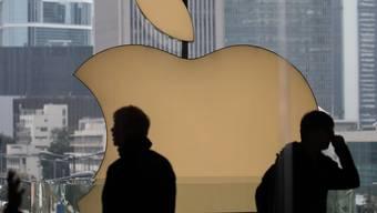 Der Apple-Konzern ist bei den kommunistischen Führern in China in Ungnade gefallen, weil das Unternehmen eine App auf seinen Geräten zulässt, mit der sich Polizei-Bewegungen in Hongkong verfolgen lassen. (Archivbild)