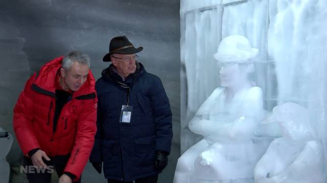 Charlie Chaplin Denkmal auf dem Jungfraujoch