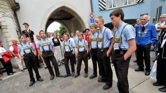 Impression vom letzten «Nordwestschweizerischen» in Laufen (BL).Ein Teil des Buebechörli Urnäsch AR singt vor dem Törli.