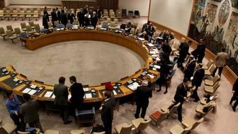 Blick in den Saal kurz bevor die Resolution angenommen wird