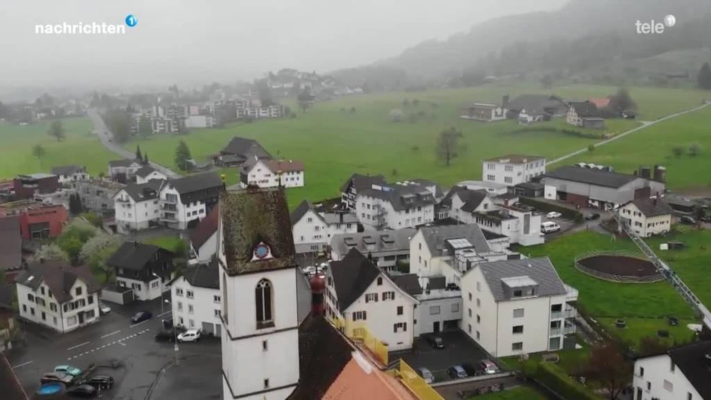 Über eine halbe Million Franken Sozialkosten für eine Schübelbacher Familie