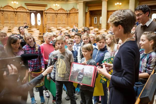 Impressionen vom Besuch im Bundeshaus.