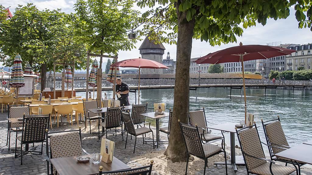 In der Stadt Luzern hat die Zahl der Gastrofilialen 2019 leicht zugenommen. (Archivbild)