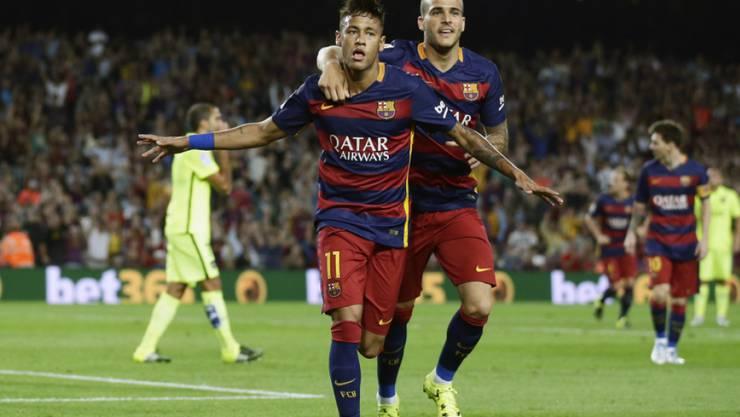 Barcelona (Neymar vorne) jubelt gegen Levante erst nach der Pause