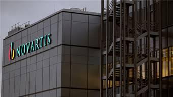 Das Werk in Stein AG ist der grösste Pharma-Produktionsstandort von Novartis. Nun gehen Hunderte Stellen verloren. (Archiv)