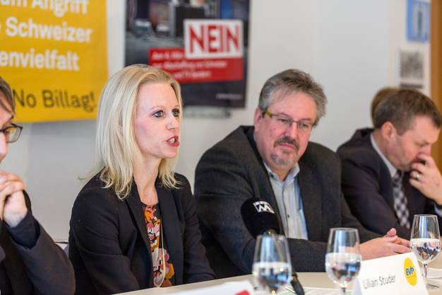 Im Bild: Liliane Studer (EVP), Beat Flach (glp), Bernhard Guhl (BDP)
