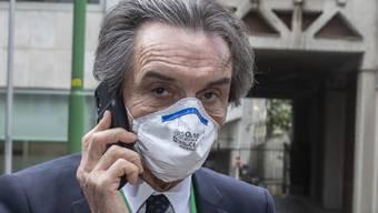 """Der lombardische Präsident Attilio Fontana (Lega) sagte der Zeitung """"La Stampa"""", er werde als erster Politiker in die Geschichte eingehen, gegen den ermittelt werde, weil er versucht habe, Geld zu geben. (Archivbild)"""