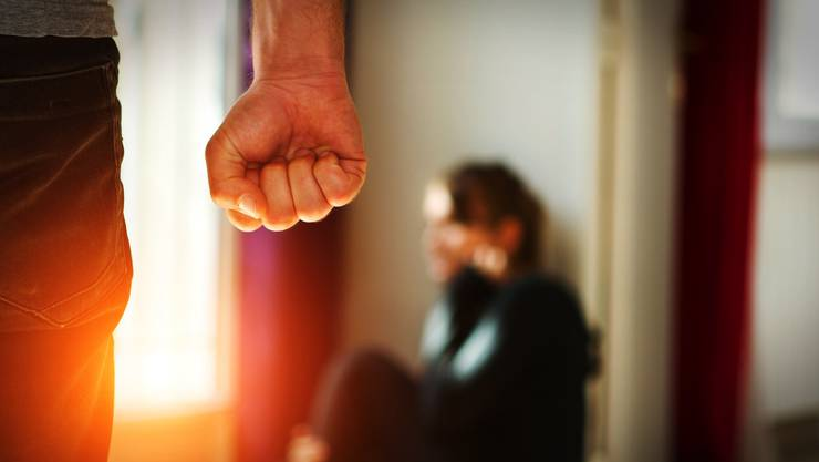 Bei einer Beratungsstelle können Täter Hilfe holen. (Symbolbild)