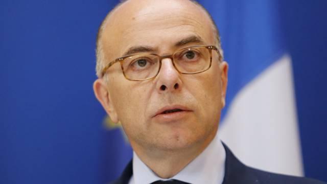 Frankreichs Innenminister Bernard Cazeneuve (Archiv)