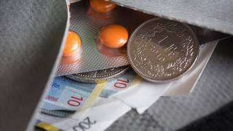 Die Helsana ist überzeugt, dass die Prämienzahler dank tieferen Preisen stark entlas- tet werden könnten.