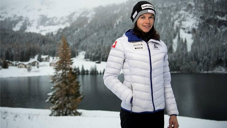Im verschneiten Davos holt sich Nathalie von Siebenthal mit dem Schweizer Langlauf-Nationalkader den letzten Schliff für die in zwei Wochen beginnende Saison.