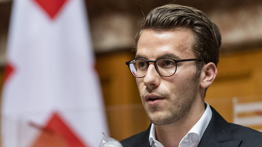 Der Nationalrat stimmte am Mittwoch einem Gesetzesentwurf für mehr Transparenz in der Politikfinanzierung zu. Der Zürcher FDP-Nationalrat Andri Silberschmidt konnte den Rat zu einem Kompromiss bewegen. (Archivbild)