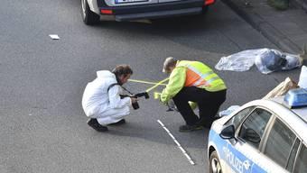Spurensicherung in Berlin: Eine Unfallserie am Dienstagabend stellt sich möglicherweise als islamistisch motivierter Anschlag heraus.