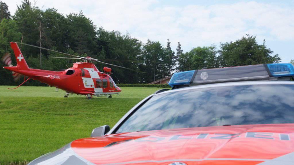 Bei einem Suchflug der Rega ist die verunglückte Wanderin am Sonntag in der Gegend um Walenstadtberg SG tot aufgefunden worden.