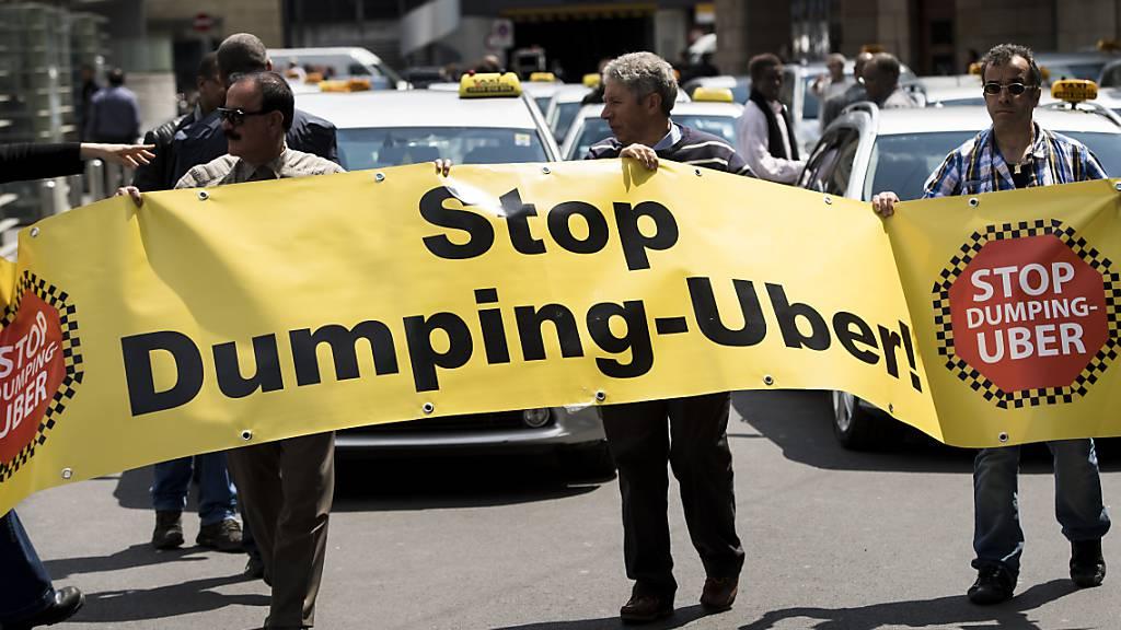 Kantonsgericht Waadt bestätigt: Uber-Fahrer in Arbeitsverhältnis
