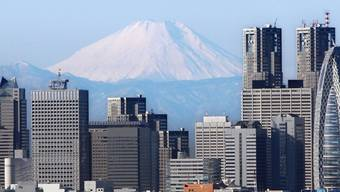 Das Erdbeben liess Gebäude in Tokio wanken (Symbolbild)