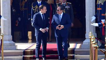 Unter dem ägyptischen Präsidenten Al-Sisi gehen die Sicherheitskräfte hart gegen Dissidenten vor. Frankreich macht trotzdem Geschäfte mit der Regierung - unter anderem im Rüstungsbereich. (Bild vom 28. Januar)