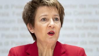 Bundesraetin Simonetta Sommaruga aeussert sich zur Departementsverteilung im Bundesrat, am Montag, 10. Dezember 2018, in Bern. (KEYSTONE/Peter Schneider)