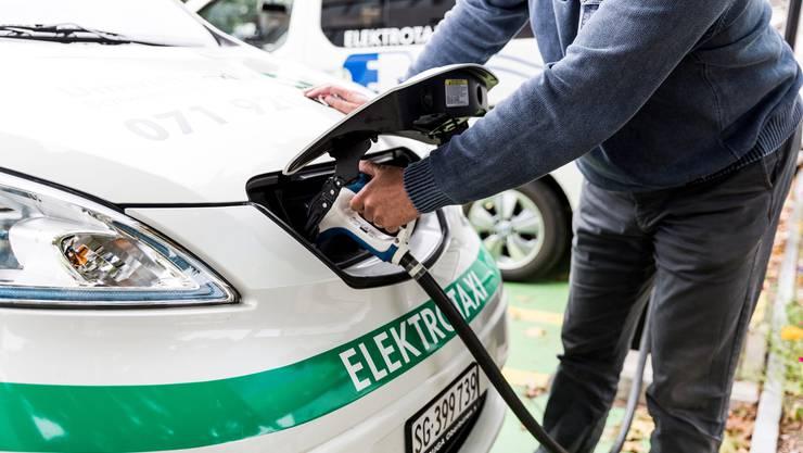 Elektroautos sollen ihre eigenen Parkplätze bekommen.