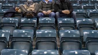 Obwohl nur noch 50 Zuschauer zugelassen sind, hält die National League ihren Spielbetrieb vorläufig bis zum 1. Dezember aufrecht