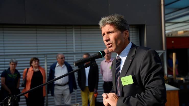 Markus Jordi Präsident Vorstand Blumenhaus spricht