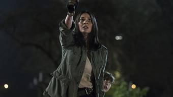 """Olivia Munn spielt in """"The Predator"""" die Biologin Casey auf der Jagd nach Monstern. Sie hat eine Szene mit einem Schauspieler, der eine Jugendliche belästigt hatte, aus dem Film schneiden lassen."""