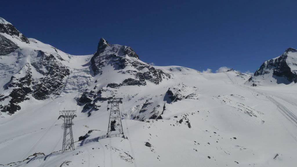 In diesem Gebiet unterhalb des Klein Matterhorns stürzte der französische Freerider am Freitag in den Tod.