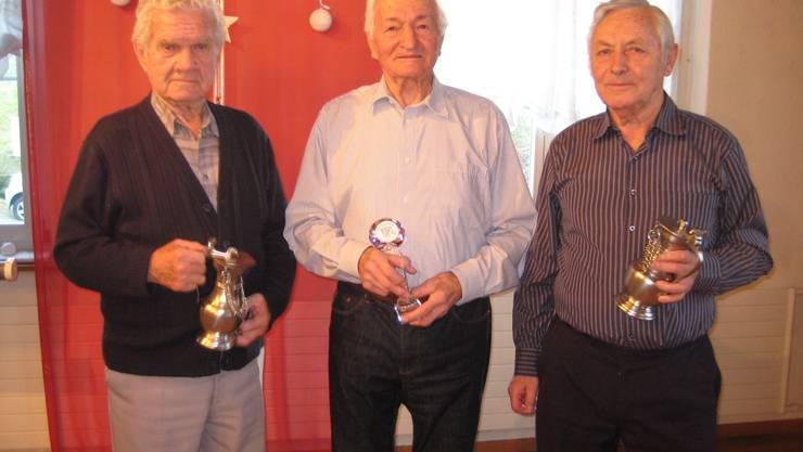 Ehrung für 60 und 70 Jahre Mitgliedschaft: v.l. Oskar Winter, Alfons Freudemann und Anton Schnetzler.