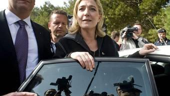 Die rechtsextreme Marine Le Pen in Lampedusa