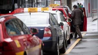 In Zürich und der Nordwestschweiz steigen die Konkurse: Gerade Taxiunternehmen sind betroffen.