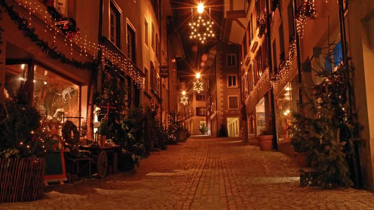 Weihnachtsmarkt Laufenburg.Geschmückte Tannen Rund Um Sulz Sorgt Für Adventsstimmung