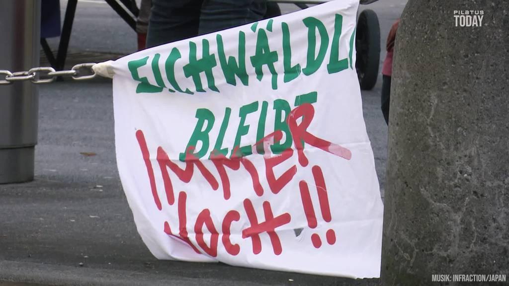 «Familie Eichwäldli» wehrt sich: Ab jetzt wird jeden Mittag protestiert