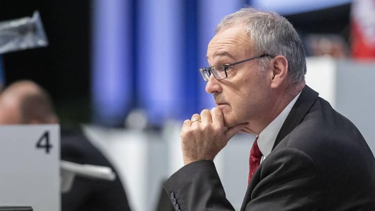 Wirtschaftsminister Guy Parmelin steht in der Kritik wegen kurzfristig ausgelaufenen Bundeshilfen für Coronakrise-Betroffene. (Bild: Keystone)