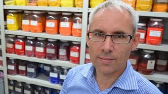 Jürg Weibel sorgt mit seiner Granula AG dafür, dass Kunststoffe farbig werden. ES