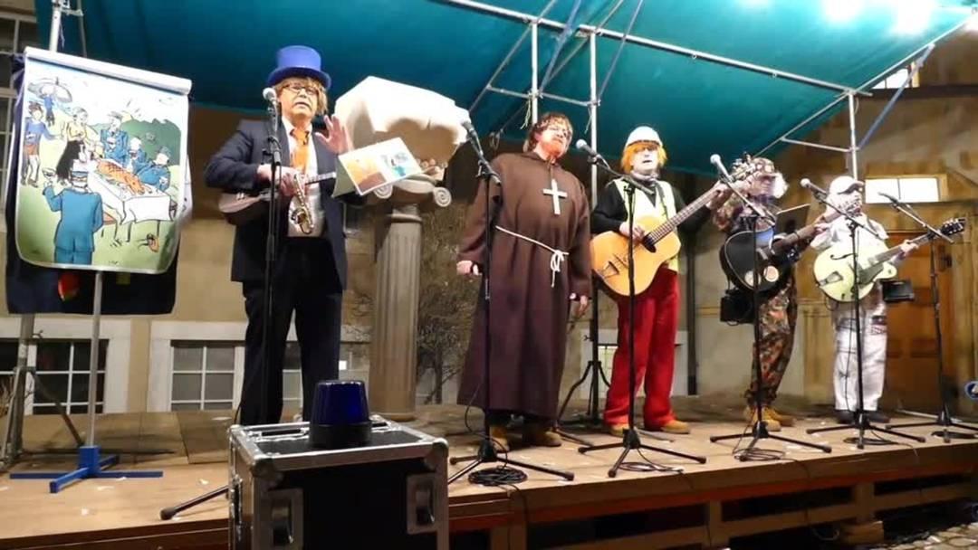 Die Schüufrohrsänger stellen am Höflisingen 2019 ihr «Füdlistein»-Orakel vor